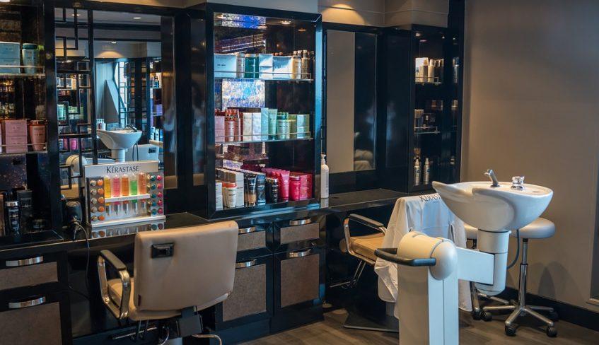 Clean hair salon