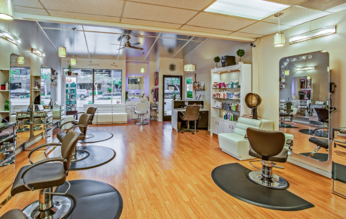 Ensure the success of your beauty salon business by following important guidelines.